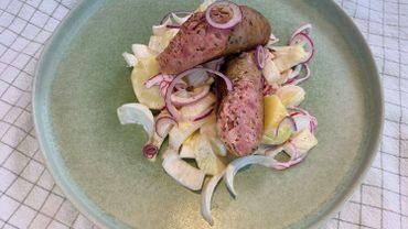 Dans votre assiette ce soir: saucisse et chicons en salade