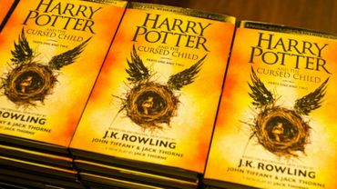 """Harry Potter and the Cursed Child"" a été mis en vente samedi à minuit au Royaume-Uni"