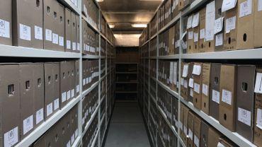 Six kilomètres d'archives papier au Mundaneum