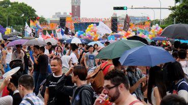 Grand défilé pour le mariage gay à Taipei