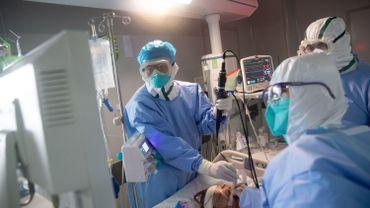 Covid-19: les services de soins intensifs vont-ils manquer de médicaments?