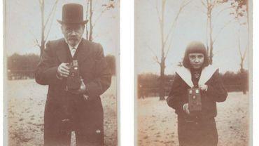 Les pièces dispersées - albums, tirages d'époque, fonds de plaques de verre, appareils photographiques et blouses de laboratoire - provenaient de la collection de son petit-fils, le docteur François Emile-Zola.