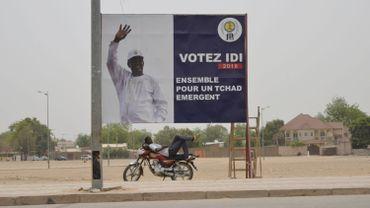 L'opposition conteste la réélection de M. Deby au premier tour en avril avec près de 60% des voix, loin devant son premier poursuivant, Saleh Kebzabo.