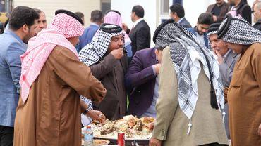 Dans la province irakienne d'Al-Anbar, un visiteur serait bien en peine de trouver un hôtel car, tradition tribale oblige, les habitants mettent un point d'honneur à accueillir tout voyageur chez eux.