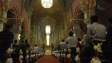 Des chrétiens du Pakistan, dans la Cathédrale de Lahore