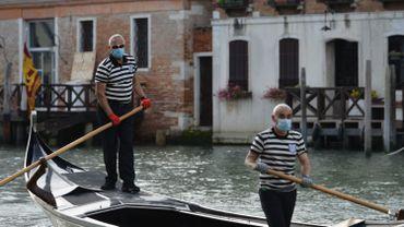 Coronavirus en Italie: les gondoles de retour sur les canaux de Venise, pas encore les touristes