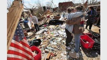 Des maisons détruites à Henryville, dans l'Indiana, après le passage d'une tornade, le 3 mars 2012