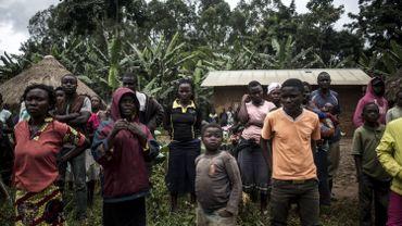 Les témoins affirment avoir vu la police congolaise, cagoulée, emmener de jeunes délinquants