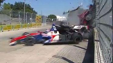 Le crash de Dario Franchitti