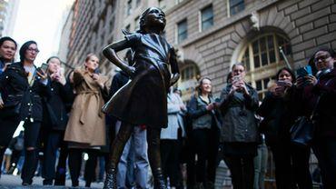 La statue de petite fille de Wall Street maintenue jusqu'en 2018