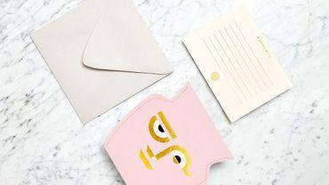 """Carte """"Mini Paper Vase Apolino"""" par Octaevo."""