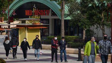 """Le groupe Disney a décidé jeudi de fermer dès ce week-end ses célèbres parcs d'attraction en Californie, en Floride et près de Paris jusqu'à la fin mars """"par principe de précaution"""" contre l'épidémie de coronavirus."""