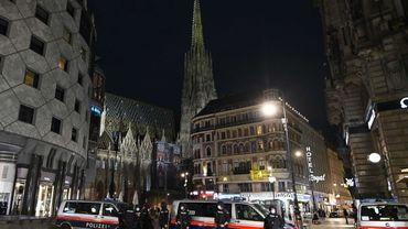 Attaques à Vienne : la police autrichienne intensifie sa présence près des lieux de culte