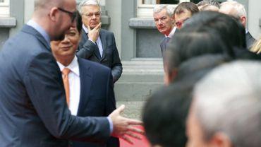 Didier Reynders observe de près la première réception pour Charles Michel d'un invité étranger, le Premier ministre vietnamien Nguyen Tan Dung