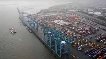 Une action des travailleurs de SNCB Logistics bloque le port d'Anvers