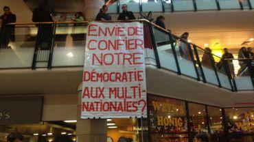 Bruxelles: un flashmob pour protester contre le TTIP