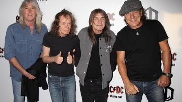 Cliff Williams, Angus Young, Malcolm Young et Brian Johnson d'AC/DC