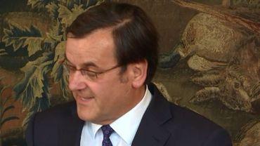 Willy Demeyer, visiblement satisfait du programme de sa nouvelle majorité