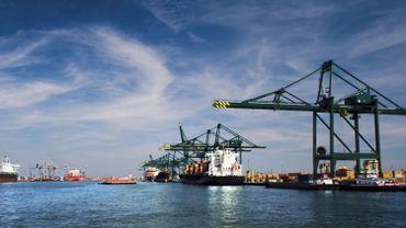 Le gestionnaire du port anversois s'attend à ce que la file s'allonge pour atteindre une cinquantaine ou une soixantaine de navires.