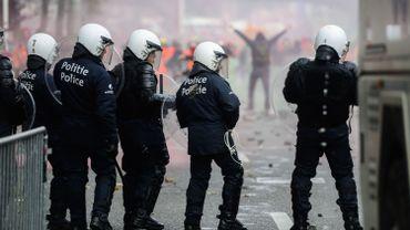Policiers blessés à la manifestation: un mail de la CGSP fait polémique