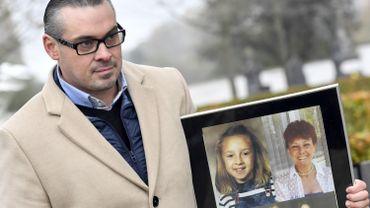 David Van de Steen a perdu sa soeur et ses parents lors d'une fusillade menée par la bande des Tueurs du Brabant le 9 novembre 1985 dans un magasin Delhaize à Alost, en Flandre orientale.