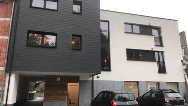 Trois appartements constituent cette première réalisation wallonne bénéficiant du droit de superficie