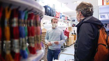 Le masque était déjà obligatoire dans des commerces dans plusieurs communes.