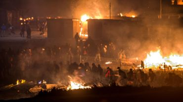 France: un incendie a ravagé le camp de migrants de Grande-Synthe