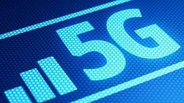 Proximus lance la 5G dans plus de 30 communes et accélère le déploiement de la fibre
