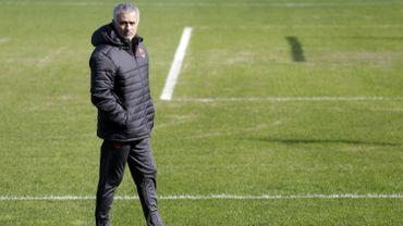 Jose Mourinho sur la pelouse de Rostov