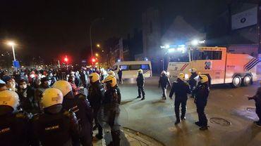 Manifestation anti couvre-feu à Liège samedi soir : sept blessés et de multiples arrestations