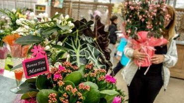 Les fleuristes fâchés de ne pouvoir ouvrir comme point de retrait pour la fête des mères