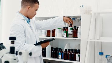 Coup d'envoi d'un premier essai d'un candidat vaccin contre le Covid-19 en Afrique