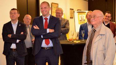 Après Jan Jambon, le N-VA Theo Francken est accusé d'avoir participé, avec Ben Weyts, à l'anniversaire de l'ancien collaborateur Bob Maes