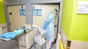 Coronavirus : la pression continue de baisser dans les hôpitaux
