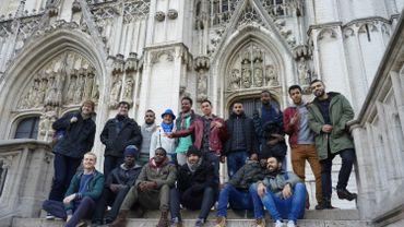 Une vingtaine de migrants font une visite touristique du centre de Bruxelles