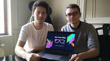 Nicolas Dessambre et Antoine Malherbe ont remporté le concours Startech avec leur dispositif de navigation à accrocher aux branches de lunettes.