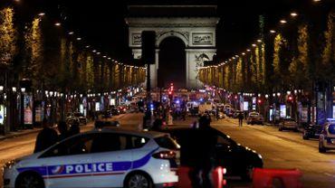 Attentat sur les Champs-Elysées: inculpation de l'homme en lien avec le tueur