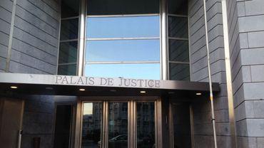 Chambre du conseil de Liège: un policier suspecté de fuites placé sous bracelet électronique