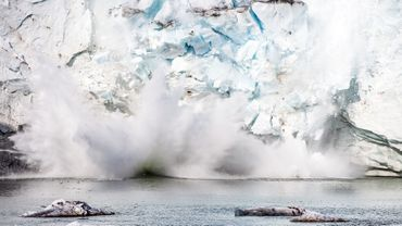 La Nasa sonde les mers du Groenland, menacé par la fonte des glaces.