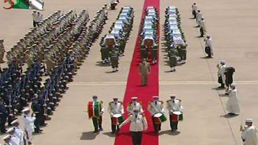 Algérie: des restes des premiers combattants anticoloniaux accueillis solennellement à Alger