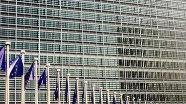 Le code de conduite des commissaires européens rendu plus strict