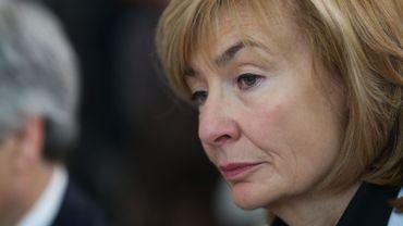 La bourgmestre libérale de Molenbeek, Françoise Schepmans, assure que sa police a fait ce qu'il fallait.