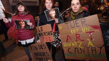 Manifestation pour pousser la déprogrammation de Bertrand Cantat des festivals.