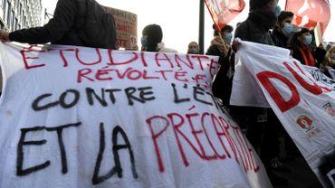 Coronavirus en France: lassés et précarisés, les étudiants manifestent à travers le pays