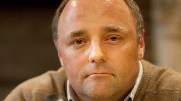 Marc Van Ranst, médecin très critique à l'encontre du Vlaams Belang, bloqué sur Twitter