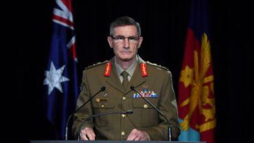 Le général Angus Campbell, chef des Forces de Défense Australiennes, communique les résultats d'une enquête sur les agissements des forces australiennes en Afghanistan.