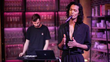 The Voice: Joane en live dans Max & VÉNUS