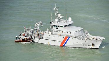 Les autorités françaises interceptent 30 migrants qui tentaient de traverser la Manche