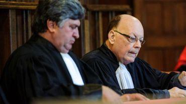 Me René Swennen (à droite) lors de l'un de ses derniers procès , aux Assises de Liège en septembre 2016